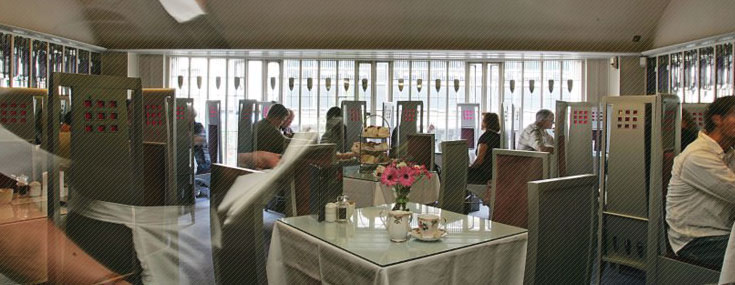 Room de Luxe, recreation of the original Mackintosh Willow Tea Room (© The Willow Tea Rooms.)