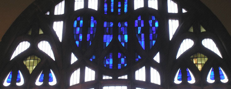 Detail of the stained glass window in the Church (© Stuart Robertson)